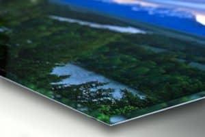 acrylicorner